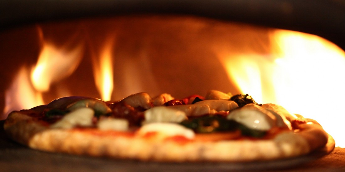 images/recipes/pizza-oven/XM091_77.jpg