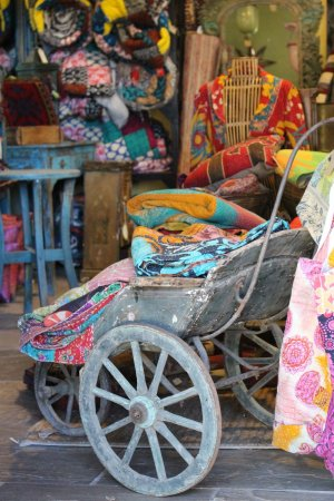 Kantha_Throws__2_